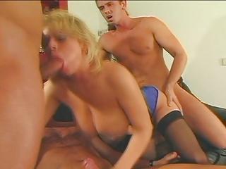 Big Tits Small Tops Cum Guzzler - Cum on My Big Tits - LONG.XXX