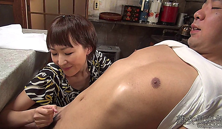 Japanese Milf Handjob Uncensored - Longxxx-1590