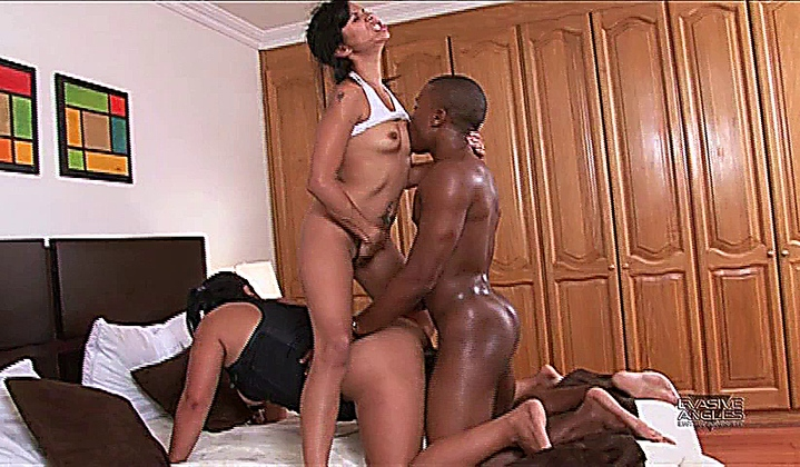 Sara Jay Threesome Black