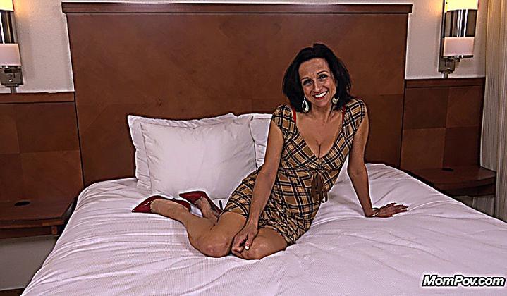 Slim Milf Cathy 44 Y O Mompov