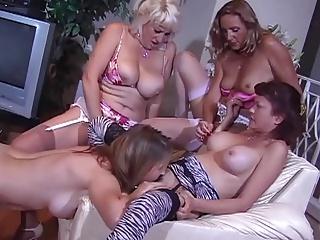 Lesbianh pornos licking movi