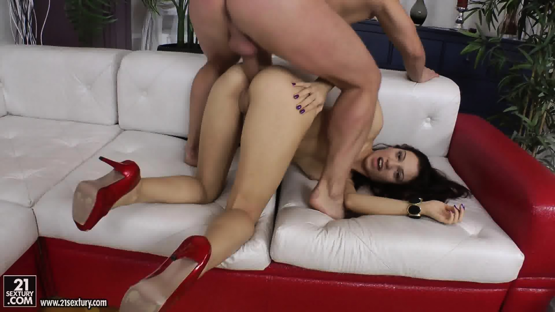 Super Skinny Girl Gets Fucked