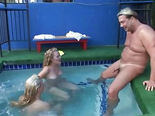 Anal Girl in Pool