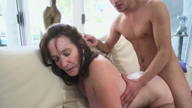 Horny Grannies Love To Fuck Anna 1