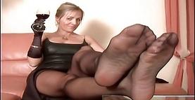 Foot nina hartley