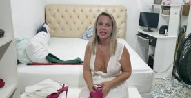 Hot Youtuber Dona Angelica - Sexy milf cleavage and nipslip