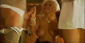 Eva Kent - Sexy single a nozze 1