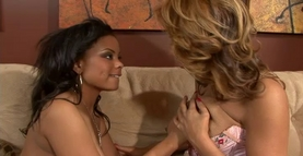 Black Lesbian Seduction Videos